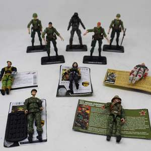 Lot #181 - Great Selection of Standing and Articulating G.I. Joe Figures: Cobra Air Trooper, Hard Drive, Agent Helix and More