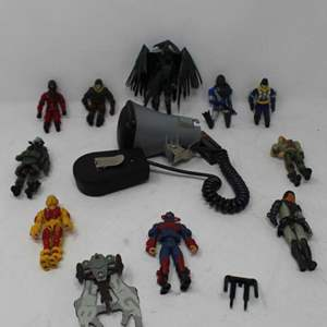 Lot #185 - G.I. JOE Action Figures: Viper Jungle Assault, Major Budd, Blowtorch and More
