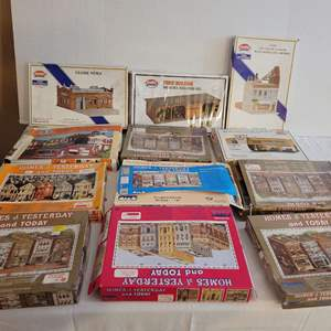 Lot #201 - Vintage HO Scale Building Structure Boxed Kits from IHC, Model Power and Con-Cor