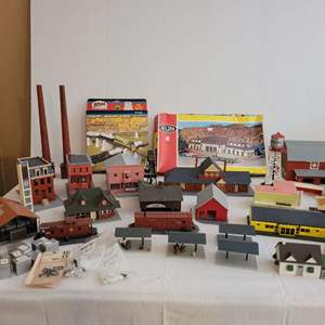 Lot #208 - Vintage HO Scale Structure Kits, Already Assembled Structures and Accessories