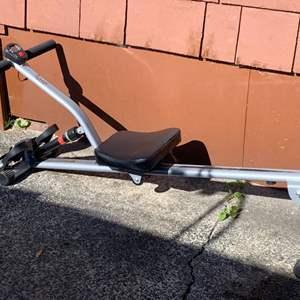 Lot #214 - Sunny Health & Fitness SF-RW1205 Rowing Machine Rower with Digital Monitor