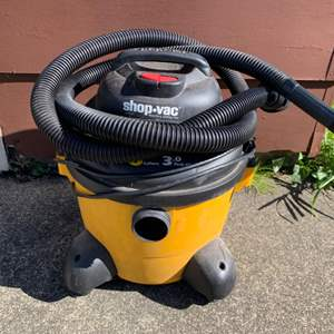 Lot #224 -  Ultra Vac Six Gallon Wet/Dry Shop Vac
