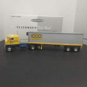 Lot# 21 - 18-1852 'Kenworth Bull-Nose Coe Tractor with Trailer 1:34 Scale
