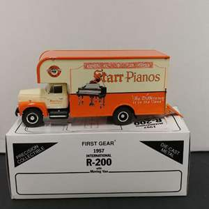 Lot# 26 - First Gear # 19-1340 1957 International R-200 w/Moving Van * Starr Piano CO. * 1:34