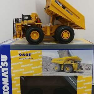 Lot# 27 - First Gear # 50-3138 96OE Mining Dump Truck * Komat'su * 1:50