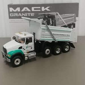 Lot# 43 - First Gear 19-3244 Mack Granite Heavy Duty Dump Truck 1:34 Scale