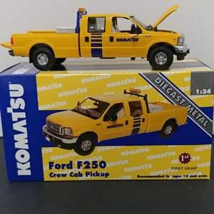 Lot# 48 - First Gear # 19-3252 Ford F250 Crew Cab Pickup * Komat'su * 1:34 *