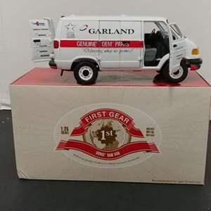 Lot# 50 - First Gear # 49-0134 Dodge Ram Van * Garland * 1:25