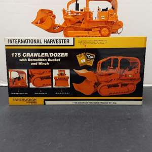 Lot# 52 - First Gear 49-0135 International Harvester 175 Crawler/Dozer with Demolition Bucket and Winch 1:25 Scale