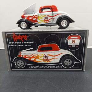 Lot# 56 - Crown Jewels 34 Ford SR 005 1934 Ford 3-Window Street Rod Coupe 1:24 Scale