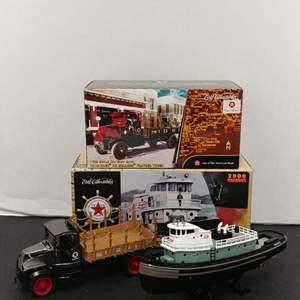"Lot# 72 - 2 Qty. Ertl Die Cast Banks # 19800 Tugboat * Texaco ""Fire Chief"" * # 20432p 1918 Mack Flatbed Truck * Texaco * 1:32."