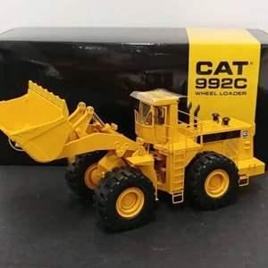 Lot# 78 - CAT 992c Wheel Loader * 1:48