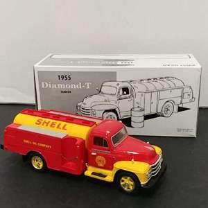 Lot# 80 - First Gear # 19-2046 '55 Diamond-T Tanker * shell Oil * 1:34