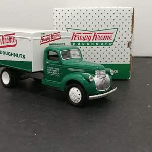 Lot# 93 - SpecCast # 75074 1942 Chevrolet Delivery Truck * Bank w/ Key * Krispy Kreme Doughnuts