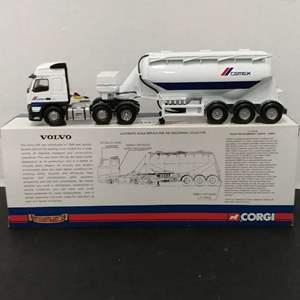 Lot# 109 - Corgi #cc13518 Volvo FM Feldbinder Tanker * Cemex * 1:50