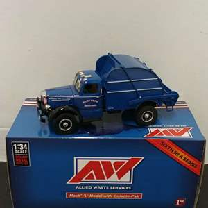 Lot# 120 - First Gear #18-3764 Limited Edition Mack L Model w/ Colecto-Pak * Allied Waste Services * Sixth in a Series * 1:34