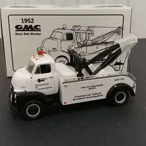 Lot# 130 - First Gear # 19-1125 '52*  GMC Heavy Duty Wrecker * Department of Transportation * 1:34