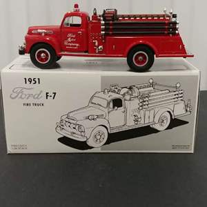 Lot# 131 - First Gear # 19-1901 '51 Ford F-7 Fire Truck * Ford Rouge Plant * 1:34