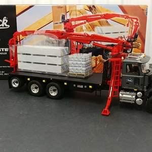 Lot# 141 - First Gear # 19-3365 Mack Granite Material Handler * Mack* 1:34