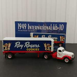 Lot# 153 - First Gear #19-2901 '49 International KB-10 Tractor Trailer * Roy Rogers Cookies * 1:34