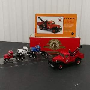 Lot# 155 - 2 Qty. First Gear #18-2481 Dodge Power Wagon * Texaco * 1:30 #60-0001 Mack Granite Trio * 1:64