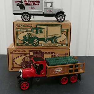 Lot# 176 - 2 Qty. Ertl Banks #F424 '31 Hawkeye Truck * Goodrich Silver Fleet * #K080 '25 Kenworth * Light House Depot * 1:25