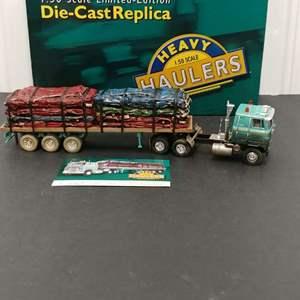 Lot# 180 - Corgi Limited Edition Heavy Haulers # US51404 International Transtar w/Crushed Car Load*Lindquist Trucking Co.*1:50