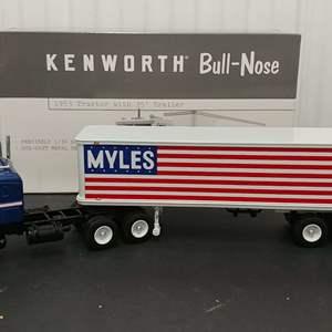 Lot# 186 - First Gear #19-3285 '53 Kenworth Bull Nose Tractor w/35' Trailer * Myles * 1:34
