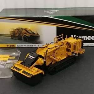Lot# 188 - Vermeer #TWH085 T1255 Commander 3 Tractor w/Terrain Leveler