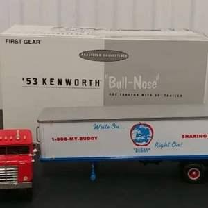 Lot# 189 - First Gear # 19-1747 '53 Kenworth Bull Nose Coe Tractor w/35' Trailer * Trucker Buddy * 1:34