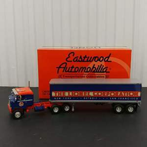 Lot# 192 - First Gear Limited Edition # 19-191833 '53 Kenworth Bull Nose Coe Tractor w/ 35' Trailer * Lionel * 1:34