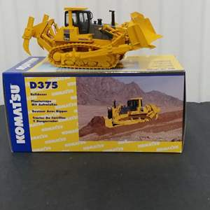 Lot# 193 - First Gear #50-0216 D375 Bulldozer * Komat'su * 1:50