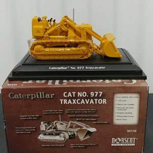 Lot# 201- Caterpillar #55170 CAT No.977 Traxcavator * 1:50