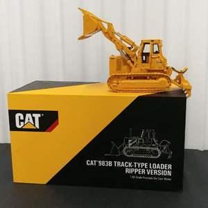 Lot# 203- Caterpillar CAT 983B Track - Type Loader Ripper Version * 1:48