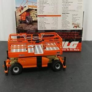 Lot # 214- JLG Gear #3394RT Rough Terrain Scissor Lift * 1:32