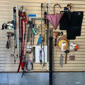 Lot# 129 - Garage items