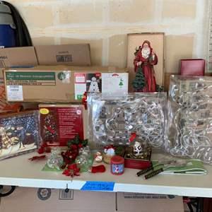 Lot# 152 - More fun Christmas