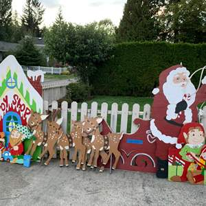 Lot# 157 - Santa and his Toy Shoppe