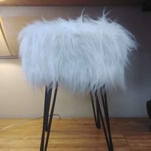 Lot #EL8 - Faux White Fur 'Cousin It' Stool Metal Legs