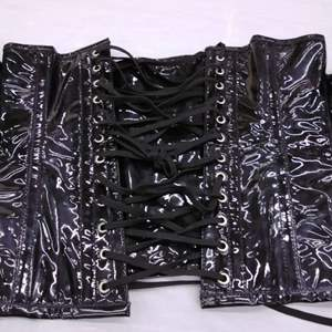 Lot#EL139 - Size 32 Patent Leather Black Corsette
