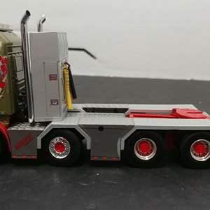 Lot#137 - WSI Show Truck Series # 05-0052 Scania Streamline Highline 8x4 + Add on Axle * Midstol Norway * 1:50