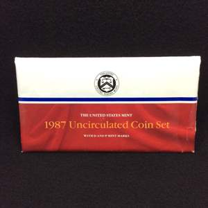 Lot 109 - 1987 P & D United States Mint Uncirculated Coin Sets