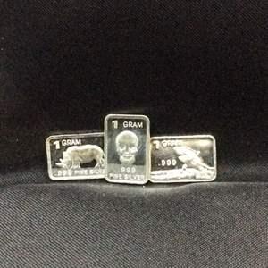 Lot 119 - Three One Troy Gram .999 Fine Silver Bars, Rhino, Skull and Killer Whale