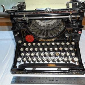 Auction Thumbnail for: Lot #1 Underwood antique typewriter -Works-