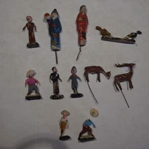 Auction Thumbnail for: Lot of Mexican Folk Art Miniature Figurines