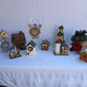 Auction Thumbnail for: Lot 13 - Birdhouse Collection
