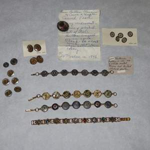 Auction Thumbnail for: Lot 176 - Antique Button Jewelry and Buttons