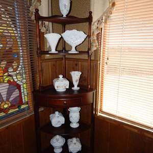 Auction Thumbnail for: Lot 108 - Antique Milk Glass