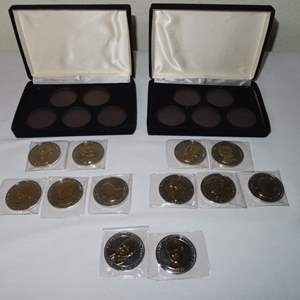 Auction Thumbnail for: Lot 148 - Pair of Great American Presidents Double Eagle Coin Collections
