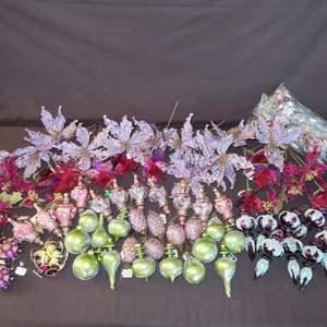 Auction Thumbnail for: Lot 5 – 45+ Plus Ornaments and Floral Décor